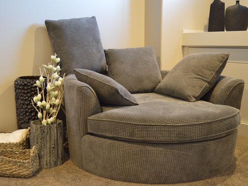 Nettoyage de meubles rembourrés pour professionnels